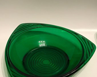 Vintage Green Bowls set of 4// Green Bowl