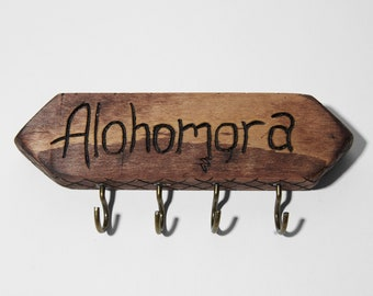 "Harry Potter ""Alohomora"" key holder, Ginny Weasley design"