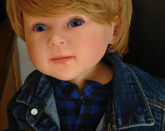 Luca by Ping Lau toddler 76 cm one year. Wonderful sculpt by Ping Lau. Genesis paint. Lauschauer cristal eyes, mohair hair. Ready to Ship
