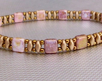 pink tile bracelet, superduo bracelet, beaded bracelet, boho bracelet, seed bead bracelet, dainty bracelet, minimalist bracelet