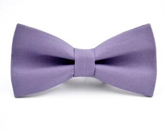 Mens Bowtie in Purple- Moda Bella Kona Cotton in Thistle, Dusty Purple Bow Tie, Groomsmen Bow Tie, Wedding Bow Ties, adjustable Bow Tie
