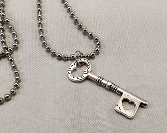 Skeleton Key Necklace - Gothic Jewerly Pendant