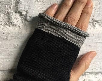 Black Cotton Handwarmers, Black Vegan Gloves, Knitted Black Wristwarmers, Black Fingerless Gloves, Vegan Wristlets, Vegan Handwarmers