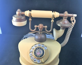 Vintage Land Line Rotary Dial Telephone Style Duchess    01969