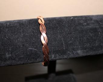 Running Bear Solid Copper Twisted Bracelet