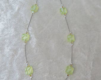 Primrose square glass and swarovski crystal crimped necklace