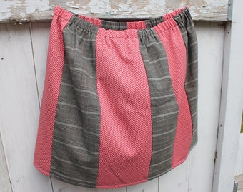 "Knee length Plus Size skirt, 20"" long, elastic waist skirt, alternating patterns, vintage fabric, 1X, 2X, plus size skirt, knee length, OOAK"