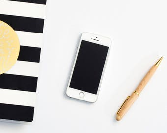 iPhone Flat Lay Styled Stock Photo, Staged Photography, Product Mockup, Girly Stock Photos, Styled Brand, Stock Photography, Commercial Use