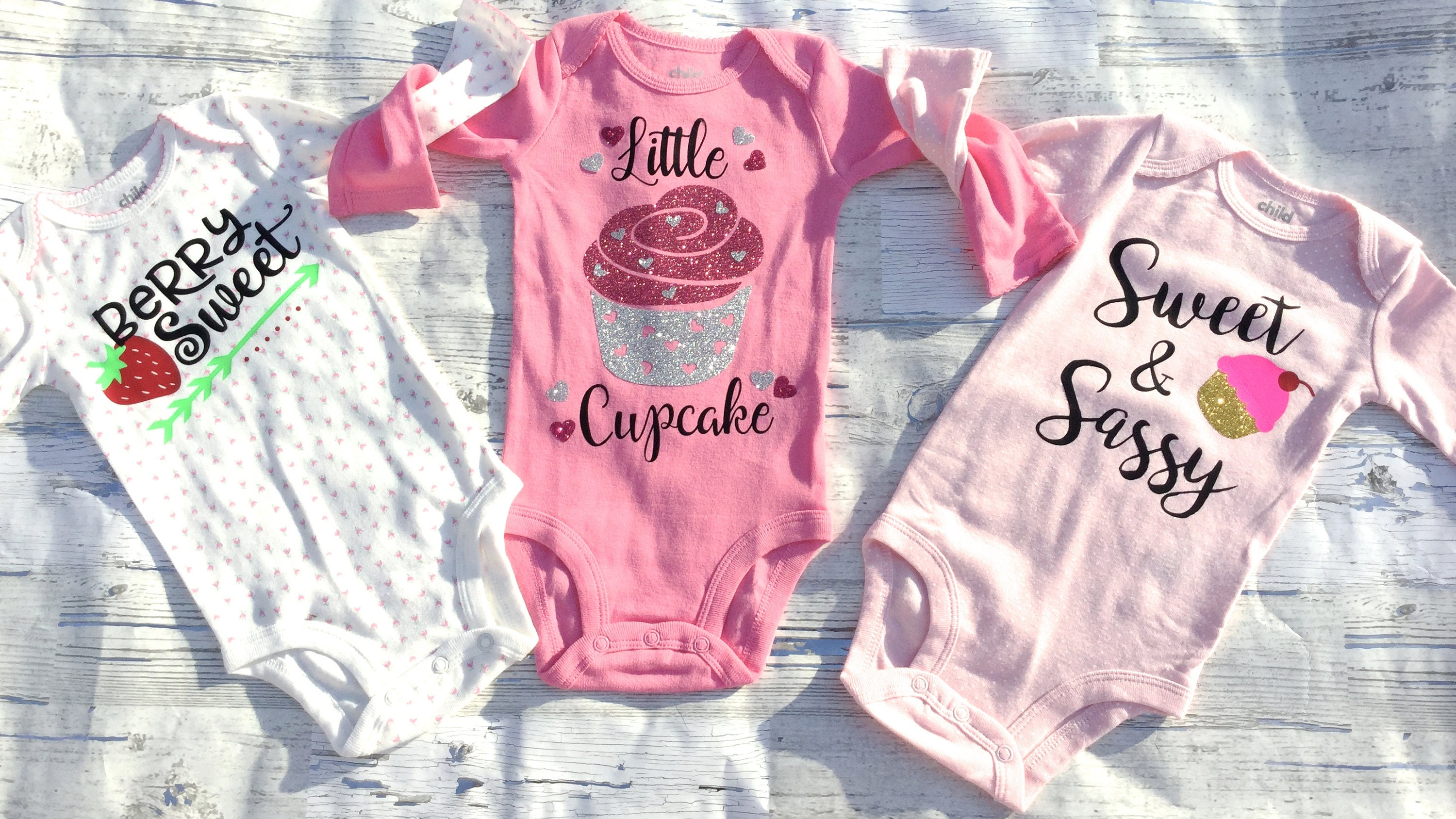 Cupcake/Sweets/Treats For Baby Girl/ Bodysuit Gift Set/ Baby Shower Gift/ Gifts For Her/Free Shipping/Baby Gift/Baby Girl Shower/Newborn Gift