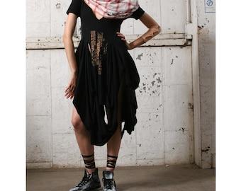 065 Black t-shirt , Oversized dress , Women's Fashion, black tee shirt, large, edgy fashion,