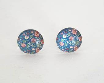 Floral glass cabochon earrings