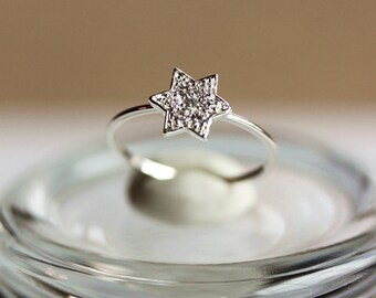 Delicate Star Ring- Silver Star Ring, Everyday jewelry, CZ Ring,Zircon Star Ring,Stacking Ring,Gift for Her,by Maki Y