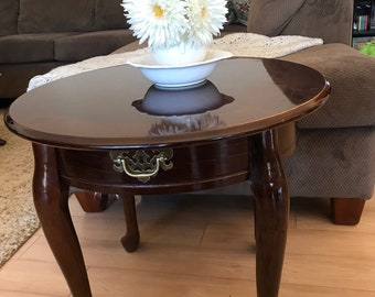 Queen Anne Style Round Cherry End Table