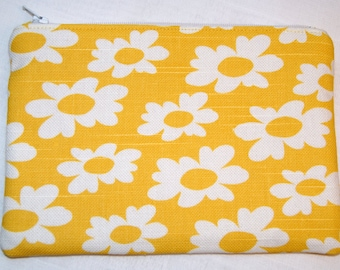 Zipper Pouch, Daisies, Gift for Her, Glasses Case, Feminine Products, Purse Organizer, Travel Bag, Yellow, Make Up Zippy Bag