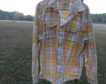 Distressed plaid shirt - Old Navy - bleached dipped splattered recycled ombre - yellow - vintage worn style - Size XL (men's / unisex) (S39)