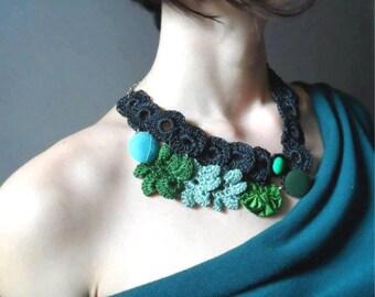 Flower Statement Necklace. Crochet Flower Necklace. Floral Necklace. Black Crochet Jewelry. Flower Pendant