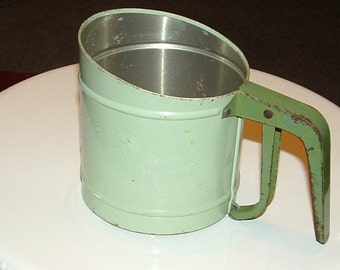 Green Foley vintage Hand Sifter
