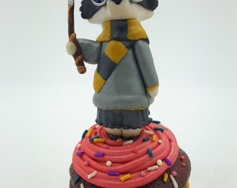 HUFFLEPUFF BADGER CUPCAKE Trinket Box -