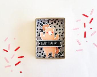 Happy bearday boîte à message / boîte d'allumettes / diorama papier miniature / Matchbox / Message anniversaire / Cadeau anniversaire