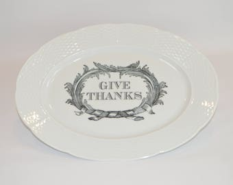 "Lauryn 14"" Oval Platter (shown with image #T1 - Black Give Thanks w/ Scroll)"