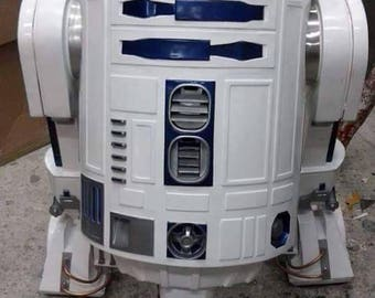 R2-D2 life size