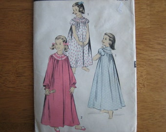 ADVANCE Pattern 7876 Girl's Nightgown       circa 1950's