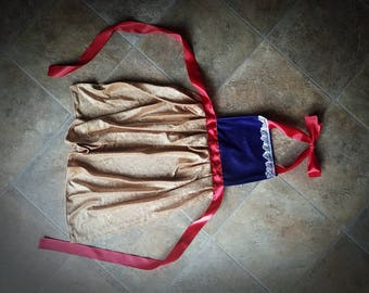 Snow White play apron
