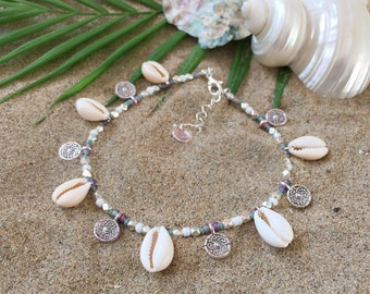 Sea spell anklet - Beaded anklet with tiny coins and cowry shells
