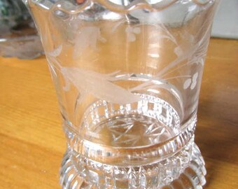 Crystal vase Princess House wavy rim, heavy, etched glass