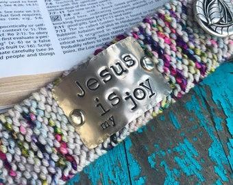 Custom Stamped Knit Bracelet, Jesus Bracelet, Faith Jewelry, Christian Bracelet for Woman, Gift Under 30
