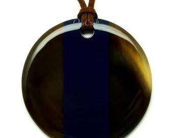 Horn & Lacquer Pendant - Q11437-N