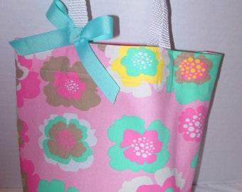 SALE ---- Little Girl Purse/Gift Bag/Tote/Easter Basket