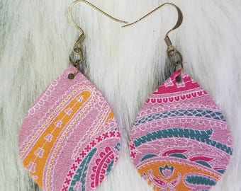 Pink paisley print leather earrings