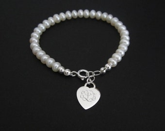 White Pearl Bracelet. Personalized Heart Bracelet. Personalized Bridesmaid Bracelet. Flower Girl Bracelet. Wedding. Silver Heart Charm.