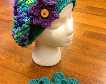 Light and Lacy Wildflowers Slouchy Beret and Mitts Set