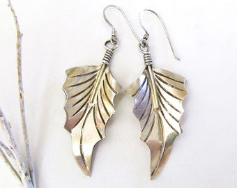 Sterling Silver Leaf Earrings, Nature Jewelry, Silver Dangle Earrings, Nature Gifts for Women, Vintage Silver Jewelry, Everyday Earrings