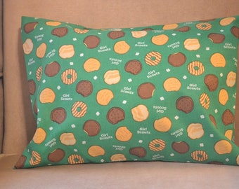 Travel Pillow Case / Child Travel Pillow GIRL SCOUTS of America / Girl Scout Cookies / Camping