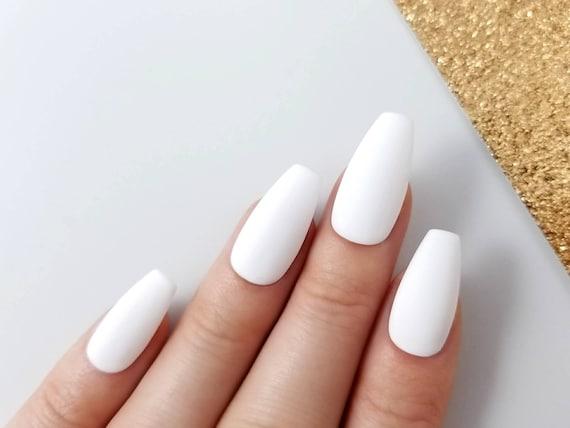 24 Press On Stiletto Nails White Matt or Glossy by