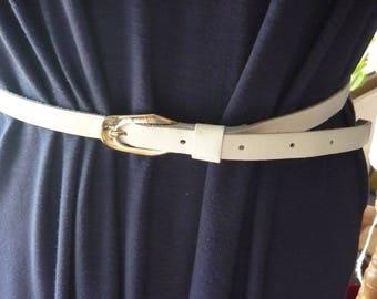 Vintage white 1,5cm wide leather belt