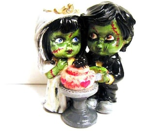 Custom Zombie Wedding Cake Topper