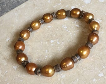 The Copper Pearl - Copper Pearl and Coconut Shell Bracelet - Natural Jewelry - Elastic Bracelet - Stretchy Bracelet - Handmade Jewlery