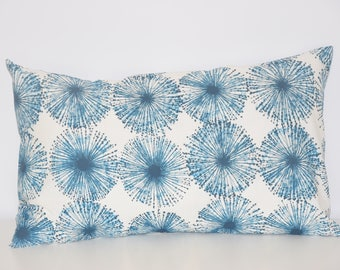 Cushion - 50 X 30 cm - fabric pattern abstract flowers - teal and white