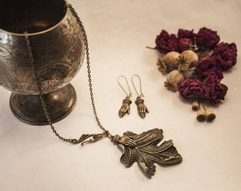 Set link - vintage Bohemian - bronze, big oak leaf, hands - keep the link