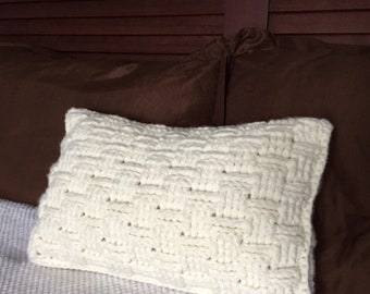 Beige decorative pillow, cream decorative pillow, crochet basket weave pillow, basket weave pillow, decorative pillow, basket weave pillow