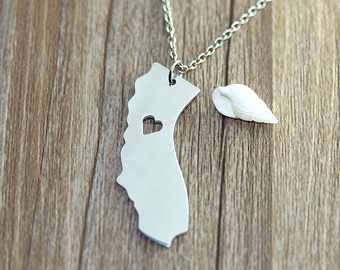 I heart California Necklace - California Pendant - State Necklace - State Charm - Map necklace - Map Jewelry