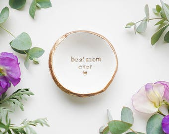 Personalized Ring Dish / Jewelry Dish / Bridesmaids Gift / Wedding Gift / Engagement Gift / Personalized Gift / Gift for Mom / Gift for Her