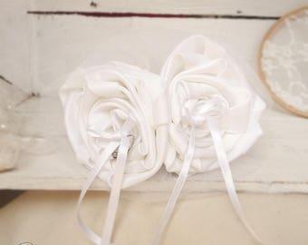 Ring bearer wedding bouquet white retro flower