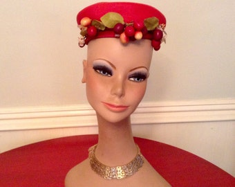 1930s Red Straw Hat / Hat Cherries Blossoms by Tegge / Vintage Hat / Red Hat