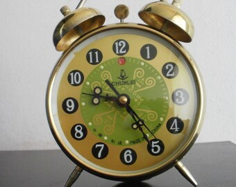 Vintage Chunlei China alarm clock mechanical folk motif