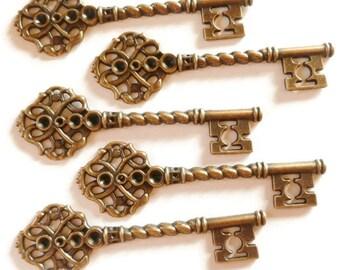 5 pcs. - Key Charms - Antique Red Bronze Key - Steampunk Key - Red Bronze Key Charms - Earring Charms - Necklace Charms - 68mm x 21mm